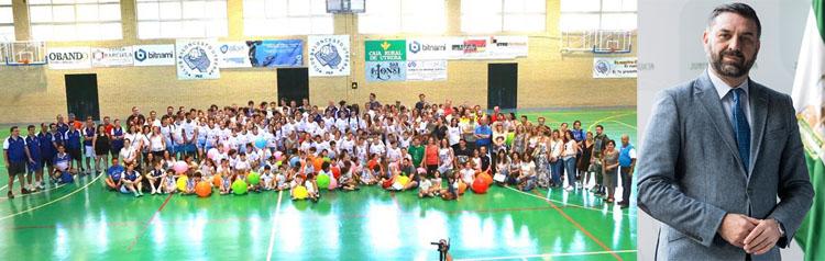 El consejero de Turismo y el Club Baloncesto Utrera  muestran su «orgullo» y «sorpresa» al concederles los Mostachones de Oro (AUDIOS)