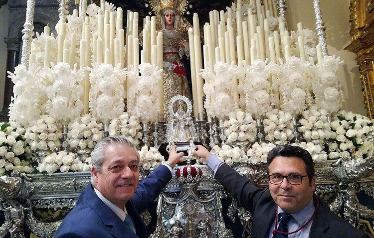 Las hermandades de la Virgen de Consolación de Utrera y de la Sed de Sevilla inician el proceso de hermanamiento