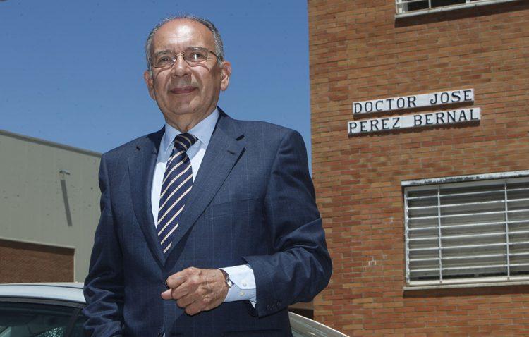 El doctor Pérez Bernal visitará el instituto Ruiz Gijón para concienciar sobre las donaciones de órganos