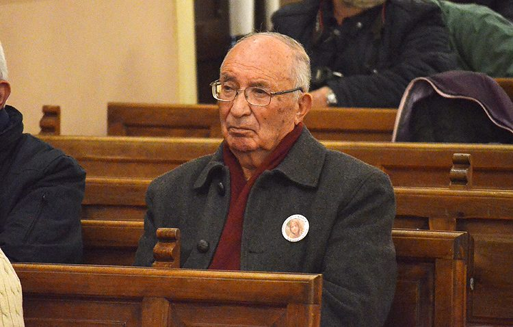 El abuelo de Marta del Castillo, en el pleno de Utrera para apoyar la prisión permanente revisable que rechazan PSOE e IU