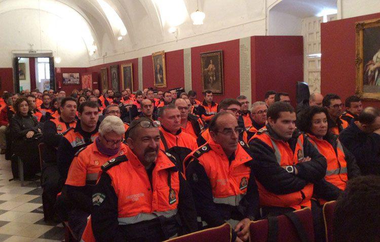 Utrera recibe a más de un centenar de voluntarios en una jornada provincial sobre Protección Civil