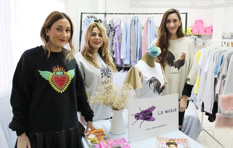 Tres jóvenes utreranas al frente de «La Mosca», una marca que triunfa y viste a presentadoras de televisión