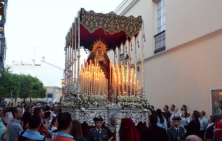 El paso de palio de la Virgen de las Veredas llevará un lazo blanco en memoria del pequeño Gabriel Cruz