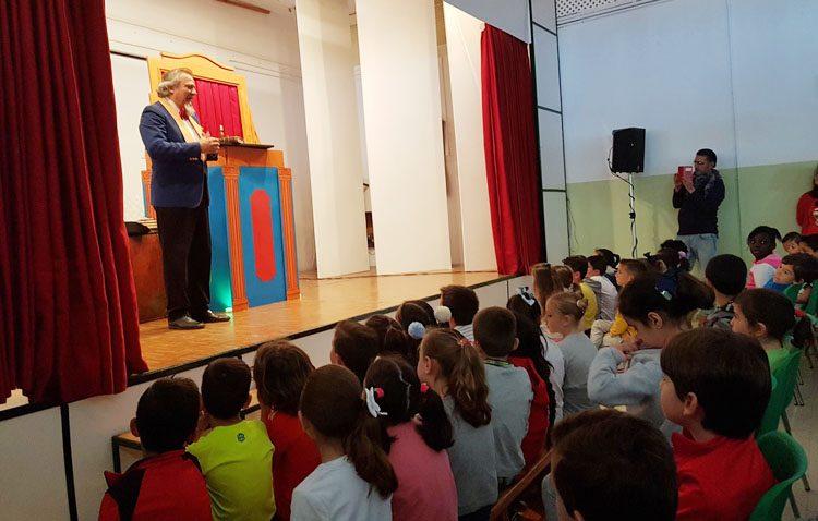 El colegio Juan Antonio Velasco renovará sus instalaciones eléctricas