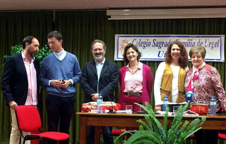 La importancia de los medios de comunicación protagoniza una mesa redonda en el colegio Sagrada Familia (AUDIO)
