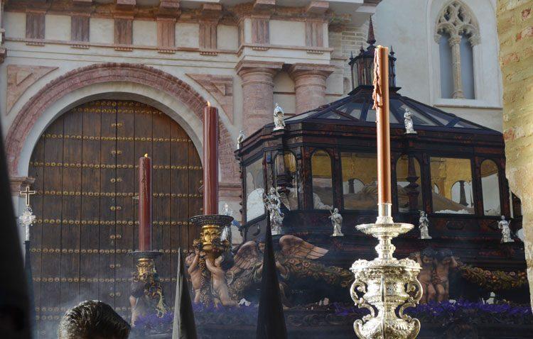 Dos estaciones de penitencia virtual con el rezo del vía crucis para el Viernes Santo y el Sábado Santo en la Vera-Cruz