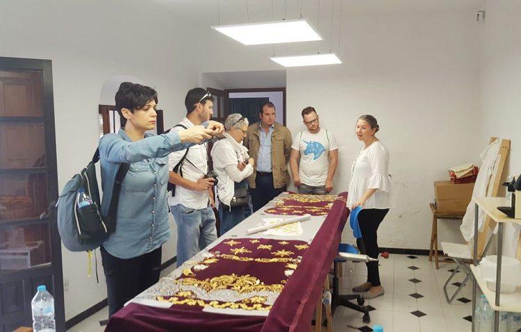 Periodistas y blogueros de viajes visitan Utrera en su recorrido por la ruta «Caminos de Pasión»