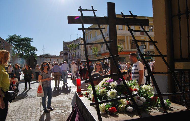 El certamen de cruces de mayo llega un año más a Utrera con la hermandad de los Estudiantes