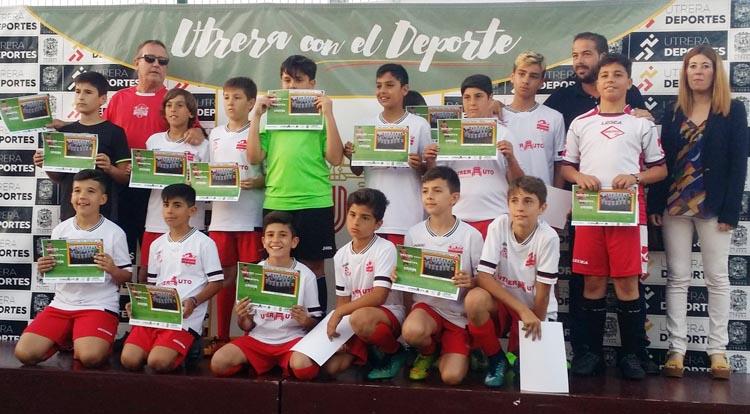 La escuela de fútbol de Utrera cierra el curso