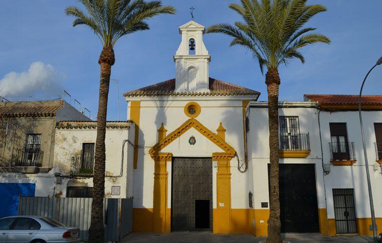 La capilla de la Trinidad cierra dos meses al culto para acometer trabajos de acondicionamiento