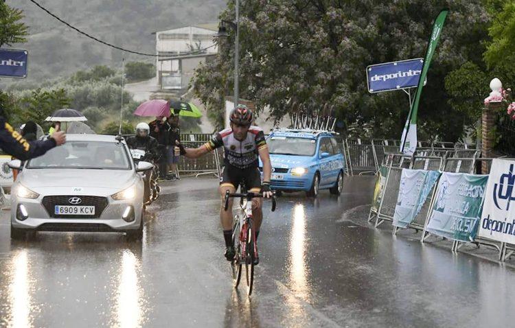 El Club de ciclismo «Teambike Utrera» logra tres campeonatos de Andalucía y una contrarreloj individual