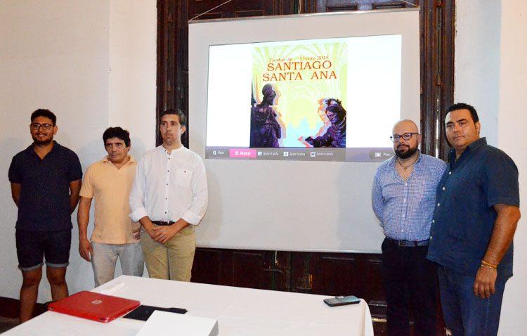 Visitas, exposición, velada, música, campanas y la bendición del Resucitado marcan las fiestas de Santiago y Santa Ana (VÍDEO)