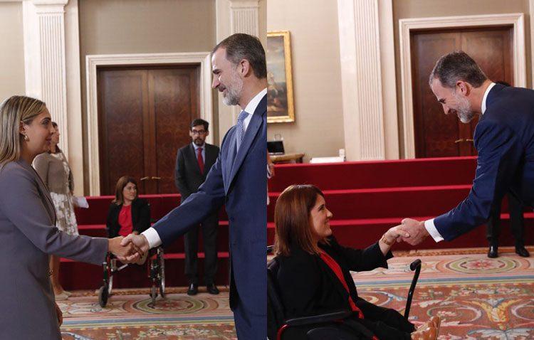 El rey Felipe recibe a las dos utreranas que han iniciado su trabajo como secretaria judicial