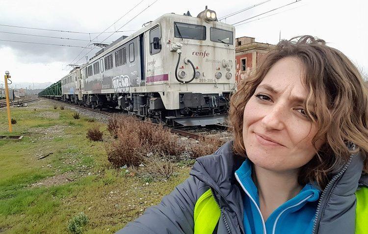 Ángela Nicolás Díaz, una de las pocas mujeres maquinistas de trenes