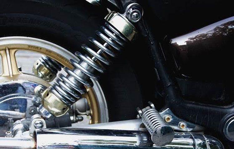 El momento para cambiar los amortiguadores de tu coche o moto