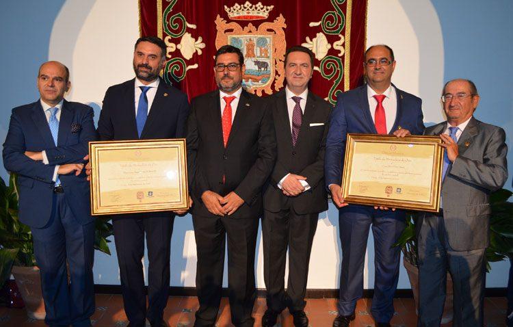 Deporte y política, protagonistas de los Mostachones de Oro al Club Baloncesto Utrera y al consejero de Turismo (GALERÍA Y AUDIO)