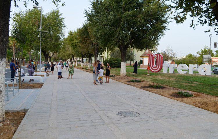 Utrera reestrena el paseo de Consolación tras la primera fase de las obras de reurbanización