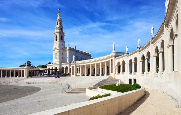 La hermandad de Fátima organiza un año más su tradicional peregrinación a Portugal