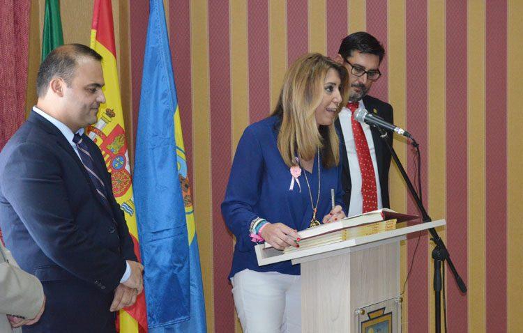 Una histórica visita de la presidenta andaluza a El Palmar de Troya para celebrar su segregación de Utrera