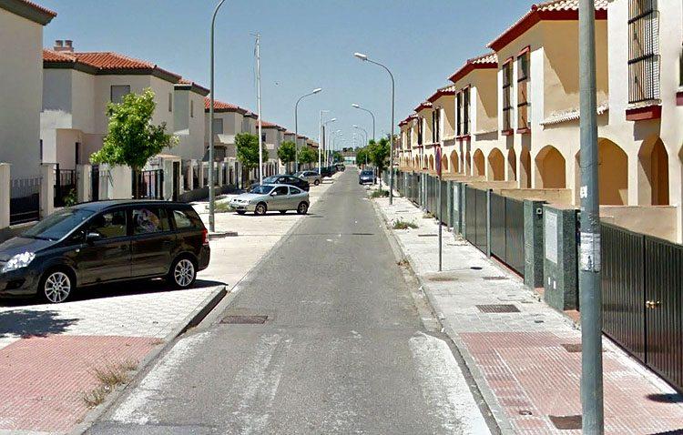 La falta de aparcamientos en superficie impide la instalación de vados en Vistalegre, La Coduva y Los Ruedos de Consolación