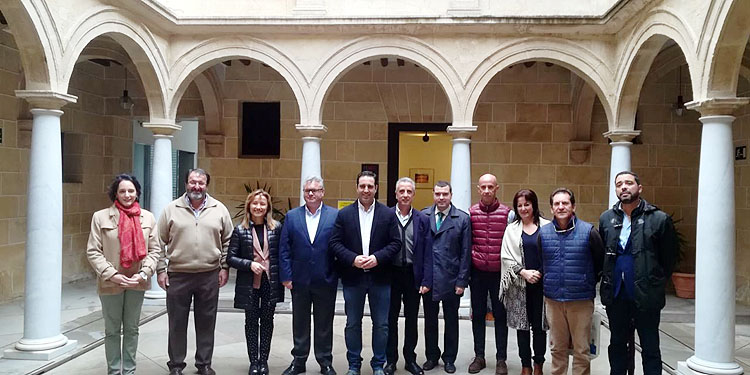 Utrera participa en una asamblea de «Caminos de Pasión» en Alcalá la Real