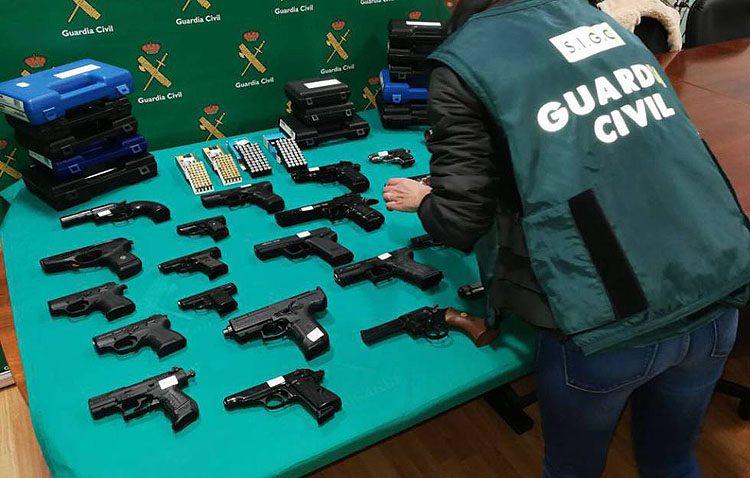 A juicio en Utrera por compra ilegal de armas a través de Internet