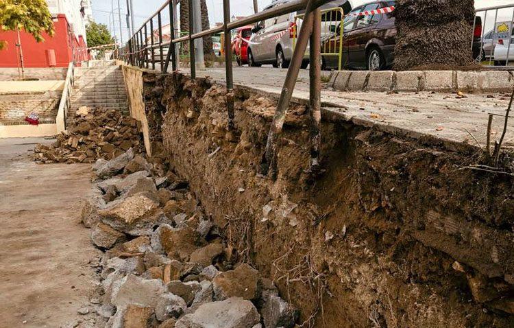 Comienza el arreglo del muro de contención de La Fontanilla