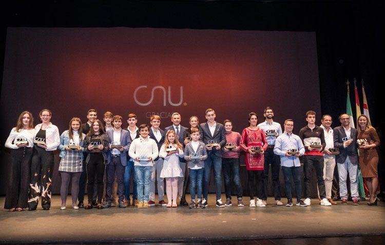 Utrera celebra su primera Gala de la Natación