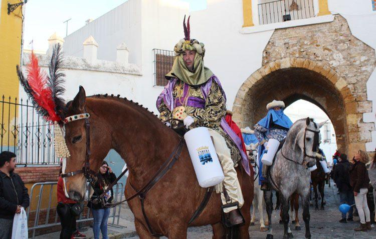 El Heraldo Real preludia este sábado la llegada de los Reyes Magos a Utrera
