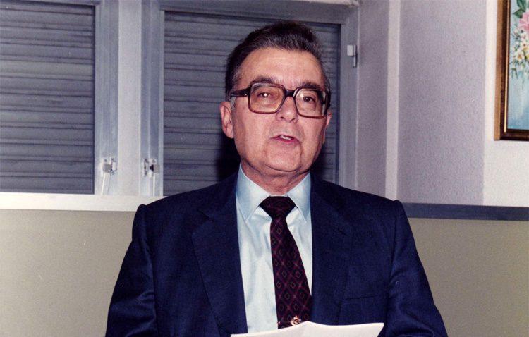 Manuel Castillo, un prestigioso médico utrerano que velaba por la salud de los pilotos