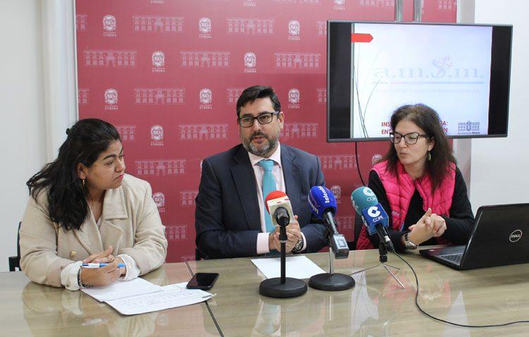 Una veintena de utreranos se beneficiarán del plan de empleo municipal gestionado por «Mujeres de Santiago»