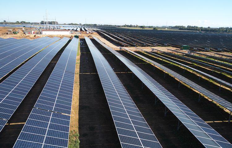 La primera planta solar a gran escala no subvencionada de Europa echa a andar en Don Rodrigo