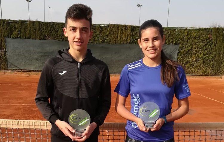 Los utreranos Daniel Jiménez y Claudia Camúñez, campeones provinciales de tenis