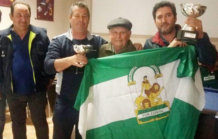 La «Peña Barcelonista de Utrera» celebra el día de Andalucía con un campeonato de dominó