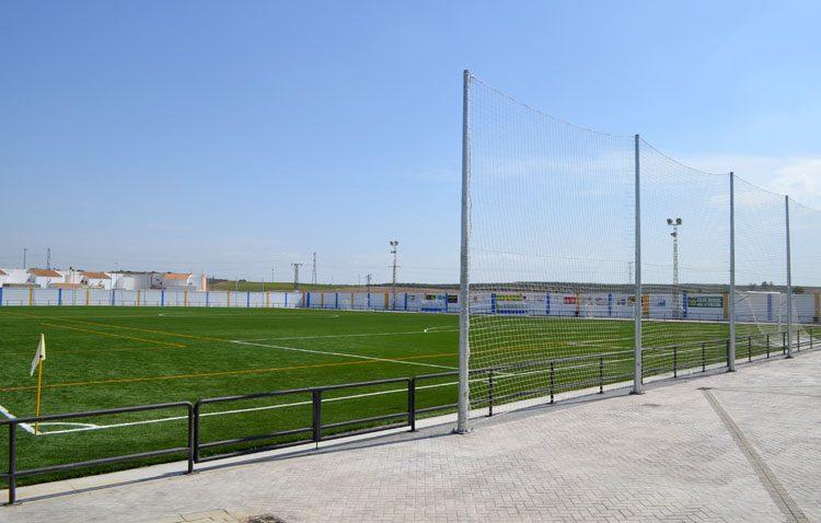 El Club Deportivo Utrera y la Selección Andaluza sub-18 se enfrentan en un partido amistoso en El Palmar de Troya