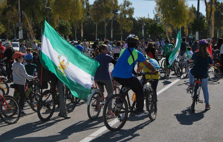 El tradicional paseo en bicicleta conmemorará un año más en Utrera el Día de Andalucía