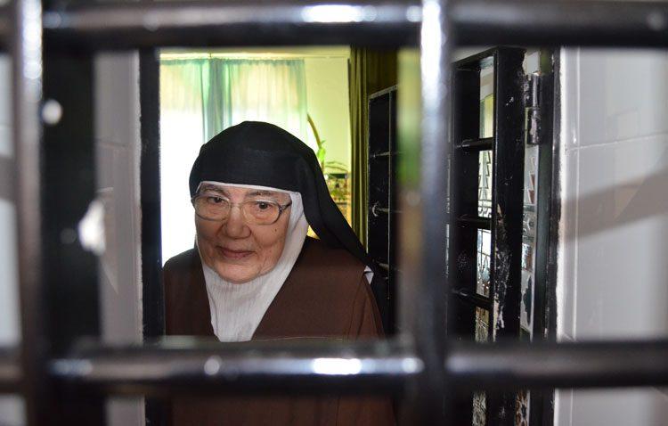 Sor María José, una utrerana que acaba de conmemorar las bodas de oro de su profesión perpetua como religiosa carmelita