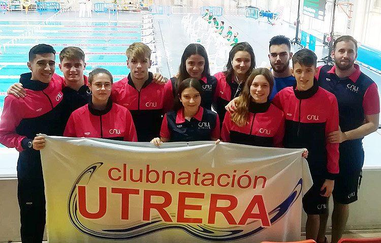El Club Natación Utrera mejora sus marcas en el campeonato de Andalucía absoluto-junior de invierno