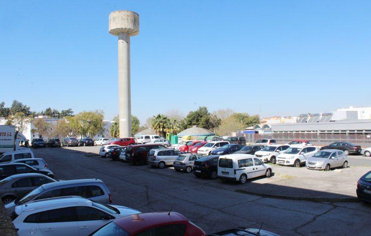 El gobierno de Utrera desecha el proyecto de parking tras el cuartel de la Guardia Civil por una tubería de abastecimiento