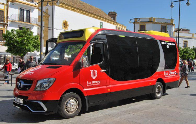El uso del nuevo autobús urbano de Utrera supera los 200.000 pasajeros y cuadruplica la previsión del Ayuntamiento