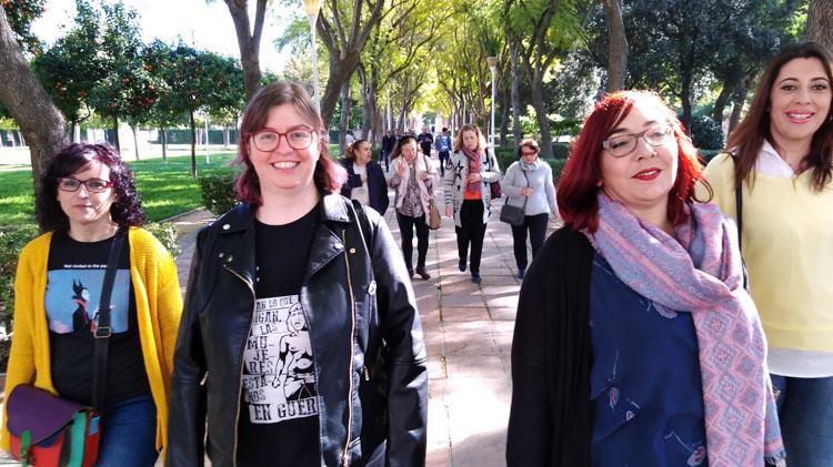 La confluencia de Podemos y el Partido Comunista promete una concejalía «de Feminismo y LGTBI» en Utrera