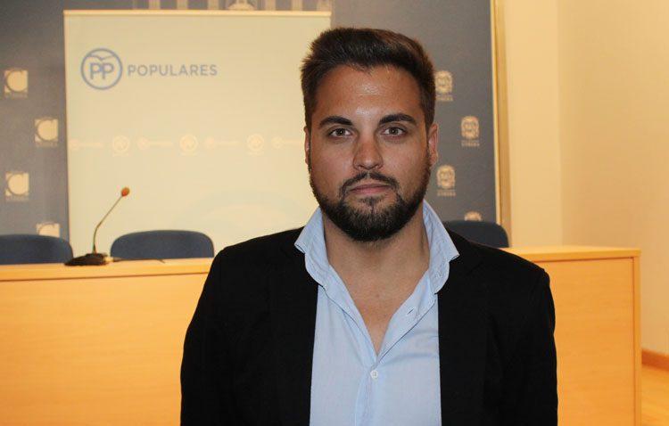 El candidato del PP a la alcaldía de Utrera, en la lista de la provincia de Sevilla al Senado