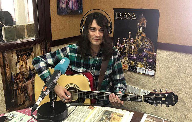La curiosa versión de la marcha «Amarguras», con la guitarra eléctrica del utrerano Joey «Dead Cat» (VÍDEO)