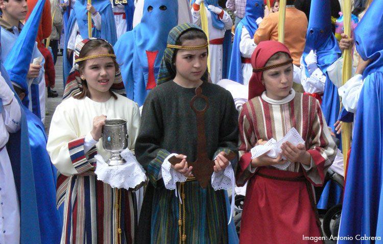 Las representaciones alegóricas, el simbolismo perdido de la Semana Santa de Utrera