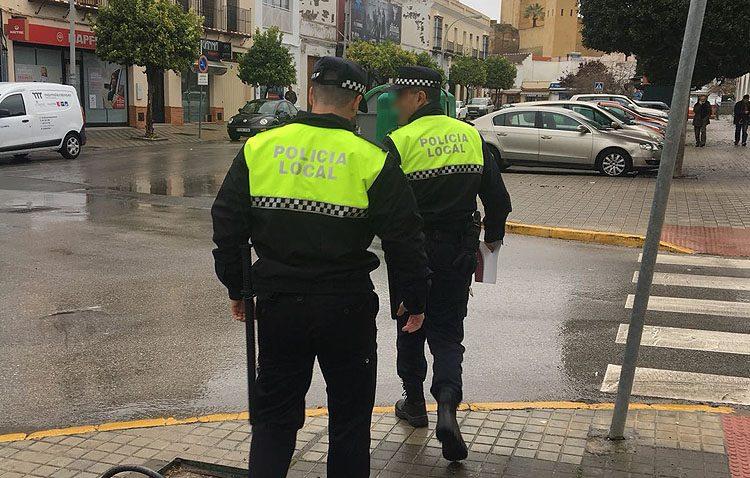 La Policía Local de Utrera localiza a cinco menores fuera de su centro educativo en horario lectivo
