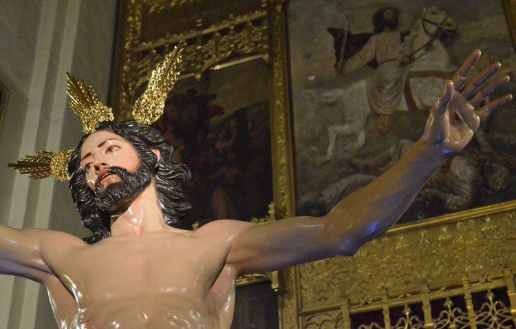Tarde de vía lucis con el Resucitado en la parroquia de Santiago
