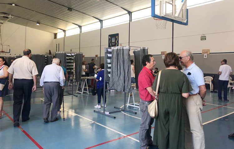 Utrera vota mayoritariamente al PSOE en las elecciones europeas