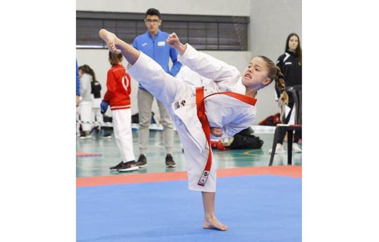 La karateka utrerana Alejandra Gómez, representante de la selección nacional de karate