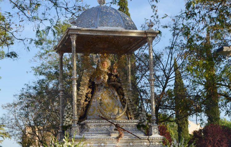 La hermandad de la Virgen de Consolación destina a Cáritas el dinero presupuestado para los actos de mayo