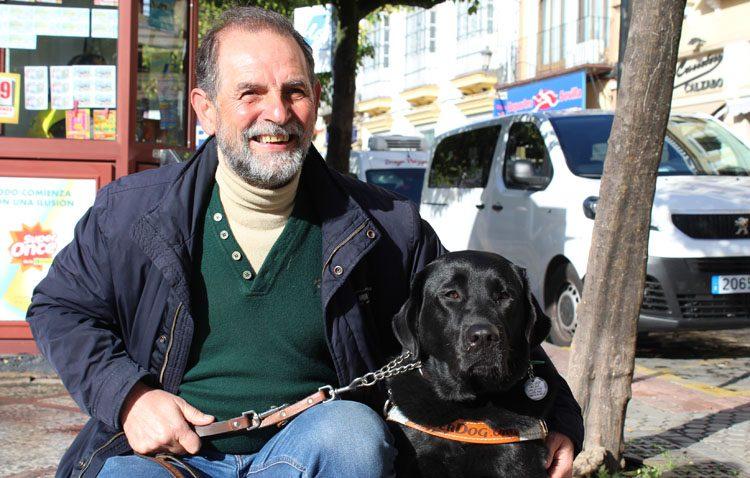 Ricardo Fernández: «Me gusta ir en bicicleta a donde me lleve el viento»